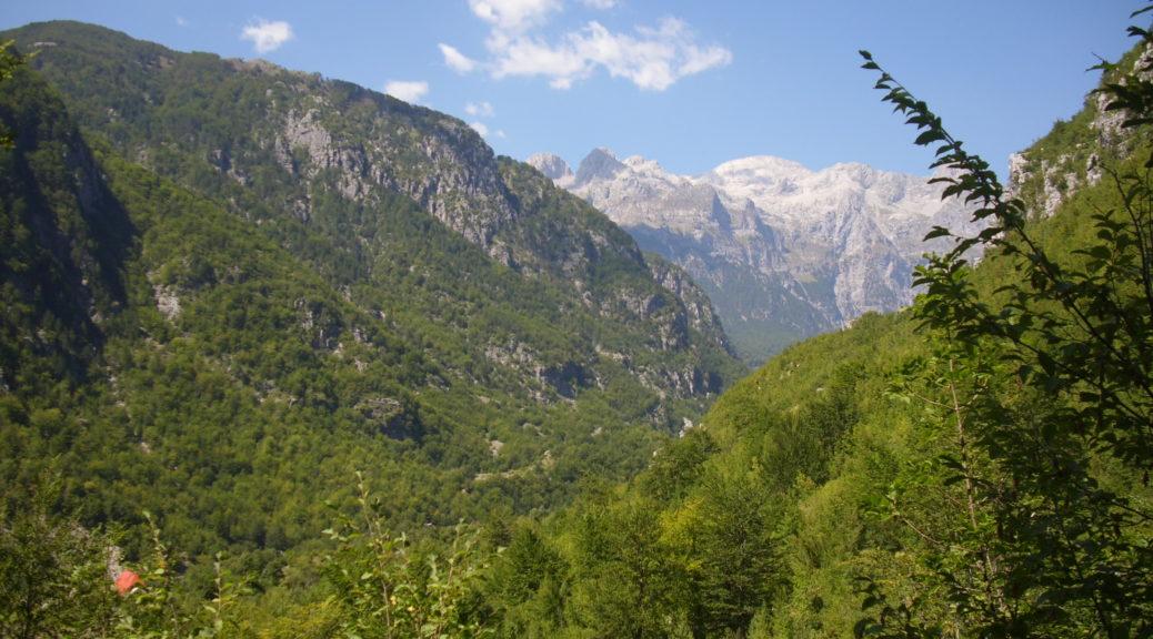 Blick auf die Berge in den Albanischen Alpen